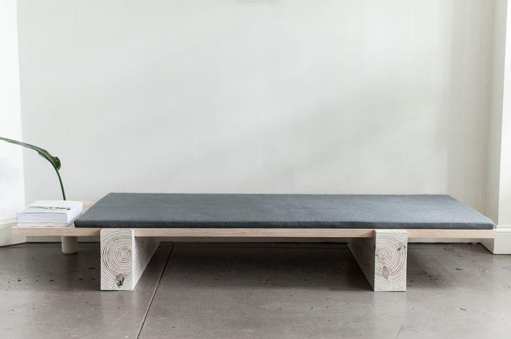 + DIY Bench made of plywood ...