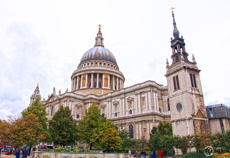 St Paul's is London's CathedraSt Paul Cathedral, Doces Paul