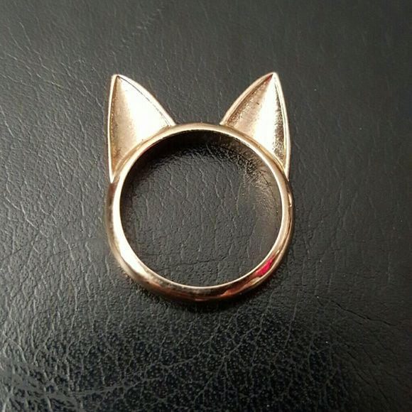 Cat Ears Ring Gold colored cat ears ring. I believe it's a size 7. Jewelry Rings