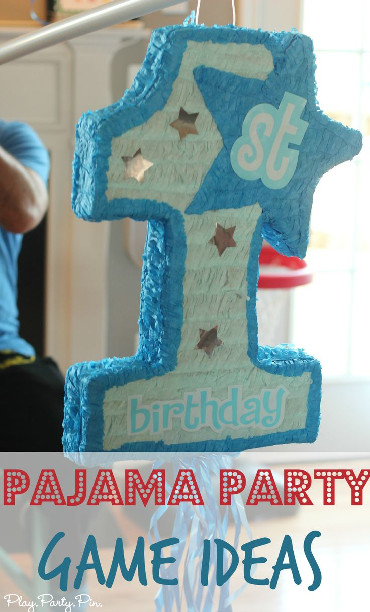 Love all of these ideas for a fun pajama party or family pajama night from playpartypin.com #parties #pajamas #games