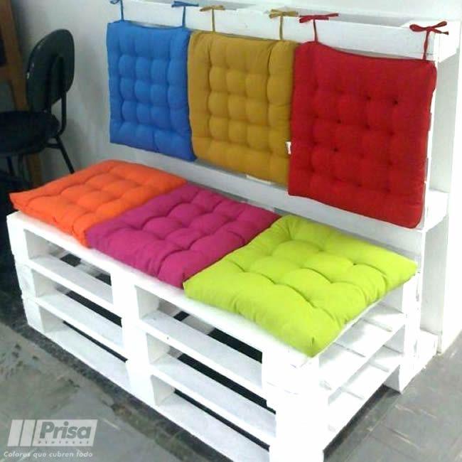 Reutilizandoconcolor sillones hechos con pallets y - Cojines para sillones ...