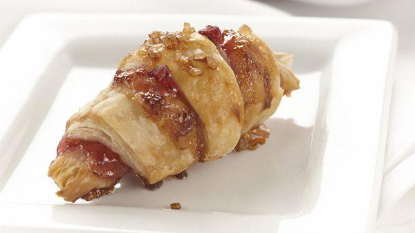 MasterChef Canada: A Holiday Special - MasterChef Holiday Recipes - Recipe: Cranberry Rugelach - CTV