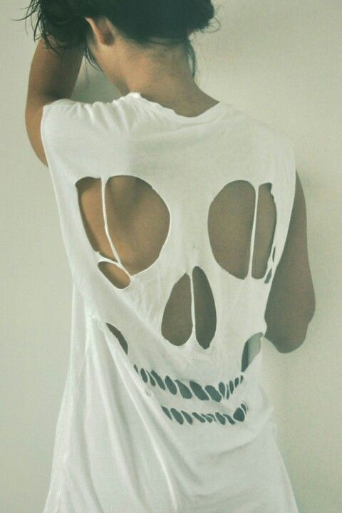 'Skull Back Hollow Cut Out Top - DIY...!' (via AllDayChic)