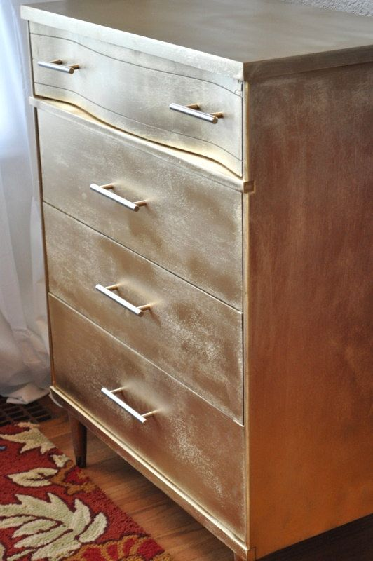 gold dresser. I want all the shiny things.