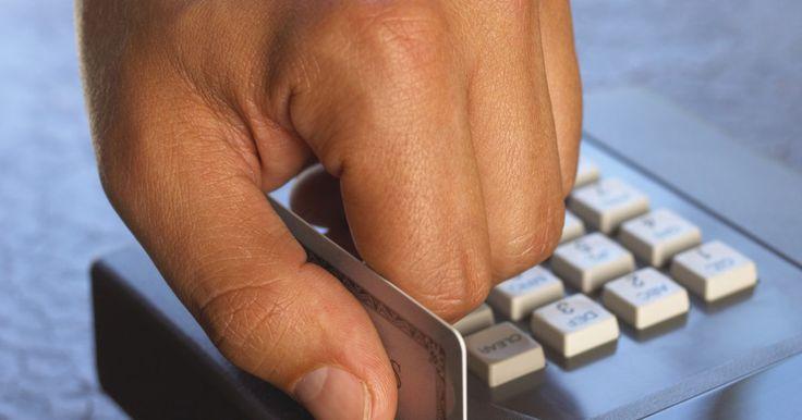 """O que é um teclado alfanumérico?. Um teclado alfanumérico é aquele que contém números e letras sobre as mesmas teclas. Normalmente eles são encontrados em telefones e celulares. Também estão presentes em notebooks, caixas eletrônicos ou qualquer outro dispositivo em que tanto números quanto letras sejam igualmente necessários. Em celulares, o número """"1"""" é tipicamente desprovidos ..."""