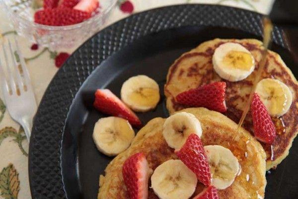 http://mjskitchen.com/2011/04/cornmeal-ricotta-pancakes/