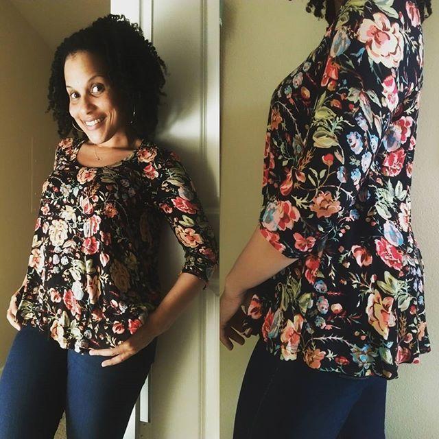 Yasmeen's Ebony Tee // Closet Case Patterns https://www.instagram.com/p/BUgD4xGDiCL/