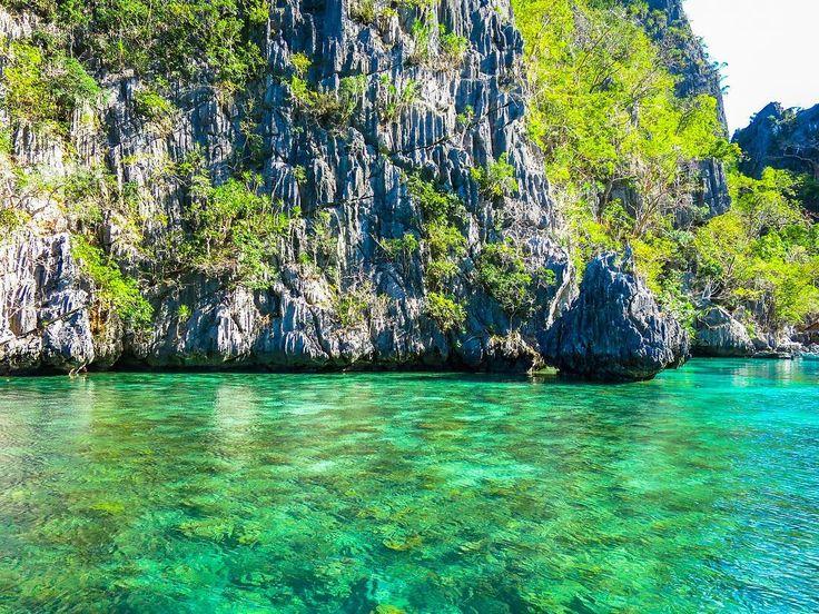 #Paradise in #ThePhillipines   & guide: @travelgretl