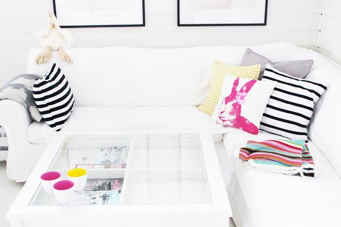 Brights and whites #SportsgirlDecor, Minis Apartments, Neon, Interiors Design, Living Room, White, House Living, Couch Pillows, Apartments Living
