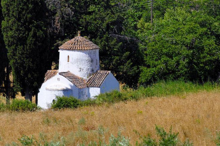 We ❤ Greece | Chapelle de la vallée d'Amari - #Rethymno #Crete #Greece #explore #travel #destination