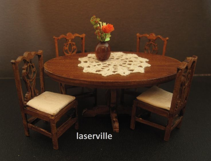 Dinerset 1:24 scale.DIY kit made of cardstock.Made by Laserville. www.melissasminiwereld.nl