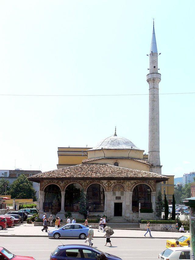 ティラナのジャーミア・エトヘム・ベウト ◆アルバニア - Wikipedia https://ja.wikipedia.org/wiki/%E3%82%A2%E3%83%AB%E3%83%90%E3%83%8B%E3%82%A2 #Albania