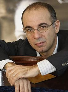 Giuseppe Tornatore - Wikipedia, the free encyclopedia ... Directed some of my Favorite Films !