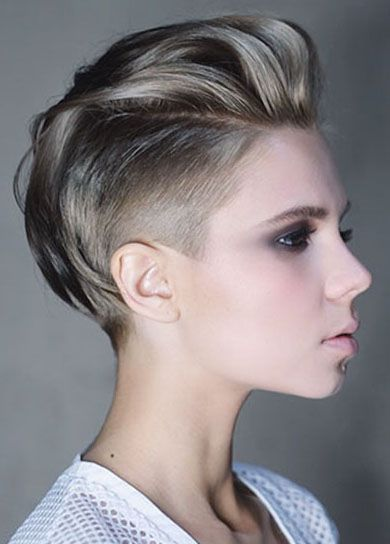 30 Shaved Sides Haircut Female Ideas In 2019 Just My Style