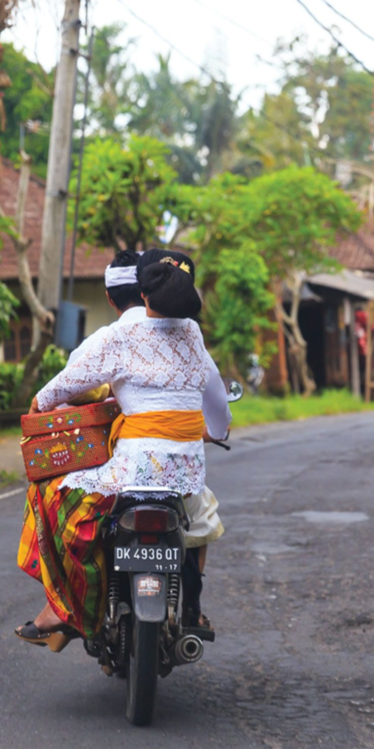 The best way to get around Bali - by Jewels Lynch