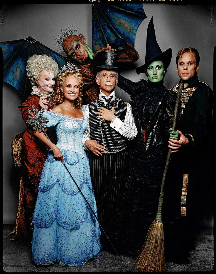 Original broadway cast for Wicked - Carole Shelley, Kristen Chenoweth, Manuel Hererra, Joel Grey, Idina Menzel, Norbert Leo Butz