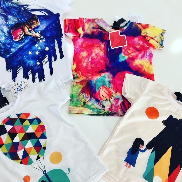 Print out imagination https://liveheroes.com/en/shop/kids/kids-tshirt?special=featured  Photo by happykids_venafro
