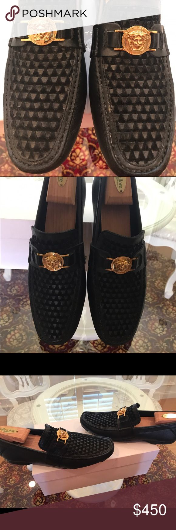 Men's versace Drivers with gold medusa Awesome condition Versace Men's drivers authentic !! Black with Gold medusa box is size 42 is a 9 Versace Shoes Loafers & Slip-Ons