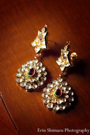 indian wedding earrings bridal jewelry http://maharaniweddings.com/gallery/photo/5473