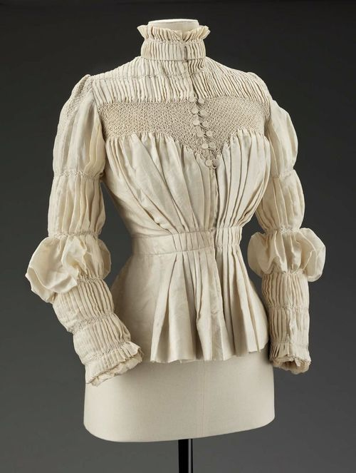 Blouse  Liberty & Co., 1890s  The Museum of Fine Arts, Boston An idea for me to copy?