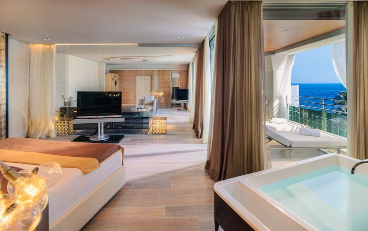 Hotel Aquas de Ibiza Lifestyle & Spa: Ibiza, Spain