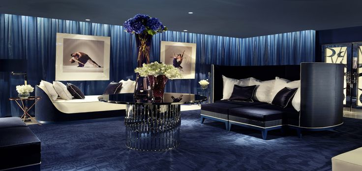 Love the color!  #decor #property #homes  http://propertyfind.tumblr.com/post/149356605026/want-to-design-your-home-like-pro