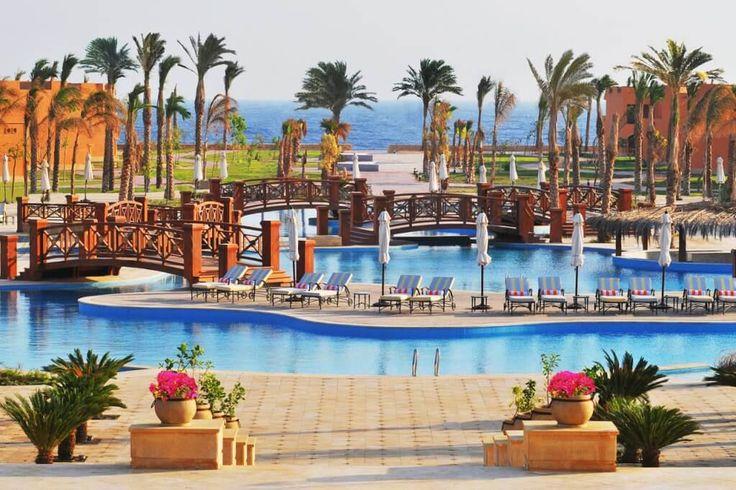 Отличный отель для семейного отдыха с детьми Resta Grand Resort Египет  #путешествие   Отель Resta Grand Resort расположен в 5 км от аэропорта г. Марса Алам, 65 км от г. Эль Кусейр, 7 км от г. Порт Галиб, до пляжа 8 минут ходьбы; коралловый риф и рекомендуется специальная обувь. Отель Resta Grand Resort находится в окружении ландшафтных садов и различных водных объектов. #Египет  В отеле: 740 номеров. Каждый номер оснащен: балконом, ванной, феном, сейфом, кондиционером...