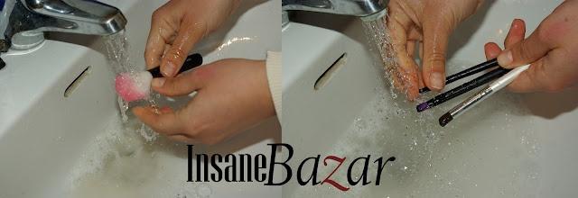 Pulizia dei pennelli  http://insanebazar.com/2012/04/23/pulizia-dei-pennelli/