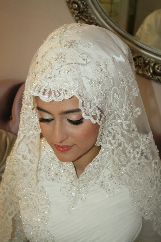 Bridal hijab veil headscarf hijabi bride hijab for Wedding dresses for muslim brides