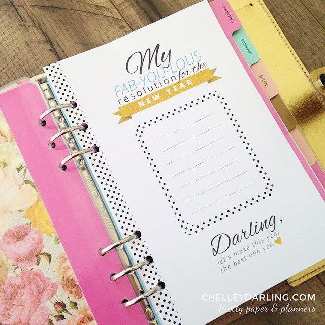 Free New Year's Resolution Planner Printable from Chelley Darling {A5, Personal and Pocket}