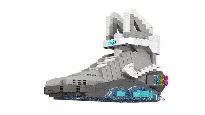 レゴブロックで、ナイキのスニーカーを作り出すTom Yooさん。その制作裏に迫ってみました。 きっかけは、『バ […]