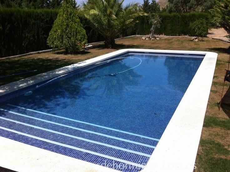M s de 25 ideas incre bles sobre piscinas de hormigon en for Piscinas de hormigon proyectado