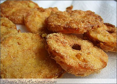 Georgian Fried Green Tomatoes.  So delicious.: Recipes Sides, Cat Side, Grandma Fries, Georgian Fries, Fries Green Tomatoes 04, Favorite Food, Fruits Veggies Sides, Fried Green Tomatoes 04, Summer Recipes