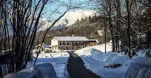 B&B Valbelluna a Limana (Belluno) sotto una soffice coltre di neve. #Dolomiti #inverno #vacanzasullaneve