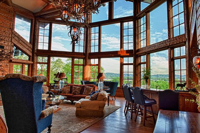 This Tennessee home features ten bedrooms, 13 bathrooms, and a sports pavilion on the grounds of this 10-acre estate. [Credit: Ken Livingood]
