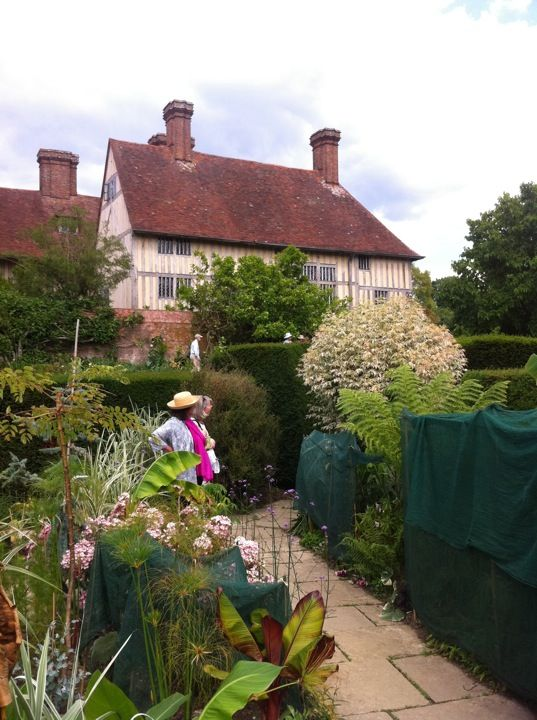 Great Dixter House Garden In Rye East Sus