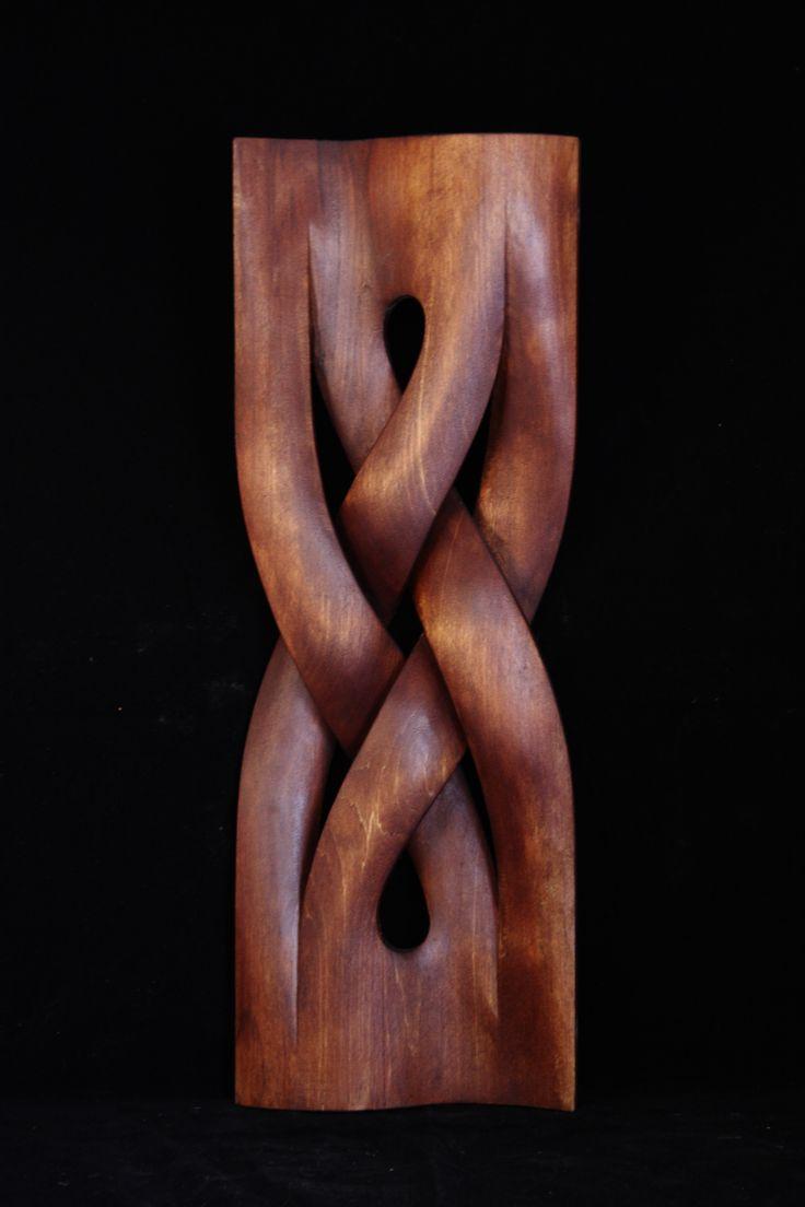 Hand-carved. Work by Boris Kopilevich. (f.Boris Kopilevich / decorative Arts )