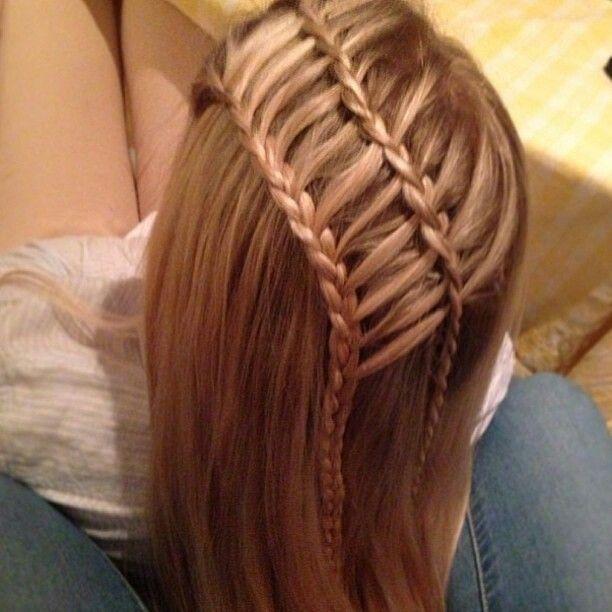 Double tresses cascades // double laces braids