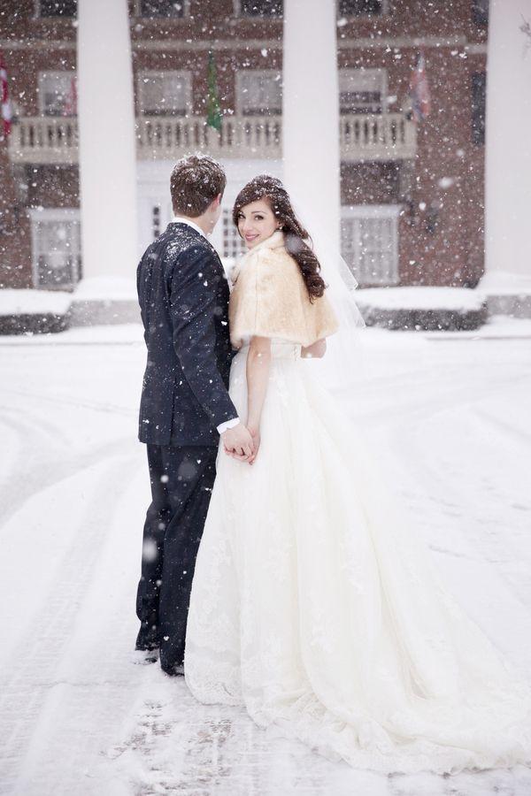 An Elegant Blue, Gray & Silver Winter Wonderland Wedding at Queen's Landing Hotel | Fab You Bliss