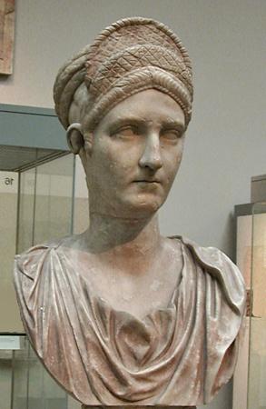 Matidia, marble portrait bust of Trajan's neice, the mother of Empress Sabina, wearing elaborate Antonine hairdo. Roman, 120 CE. London: British Museum