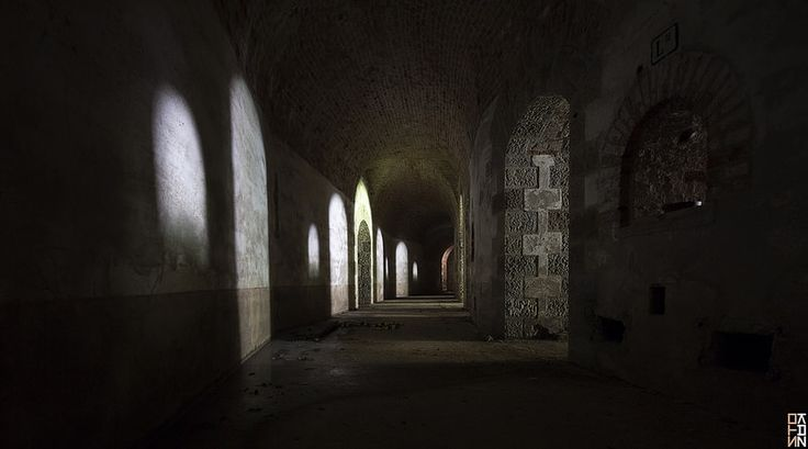The Labyrinth #1 - Arches -
