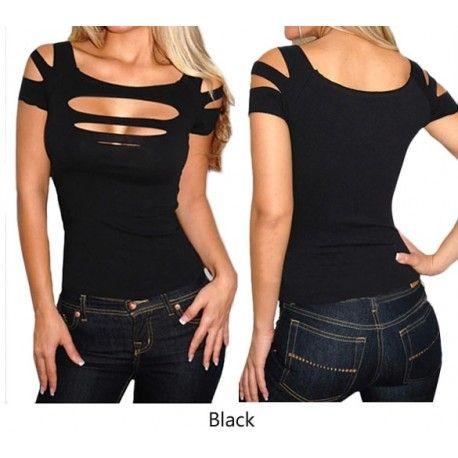 t-shirt pour femme. tee shirt moulant et ajouré sur la poitrine. .