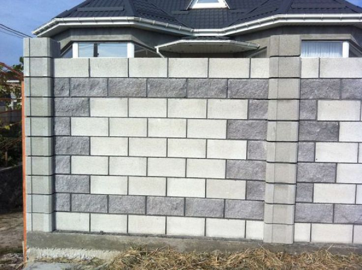 How to build a fence from cinder blocks