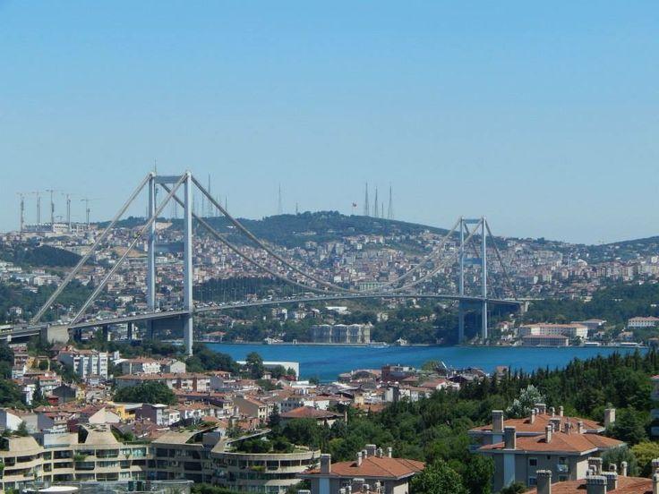 Bósforo bridge . Estambul