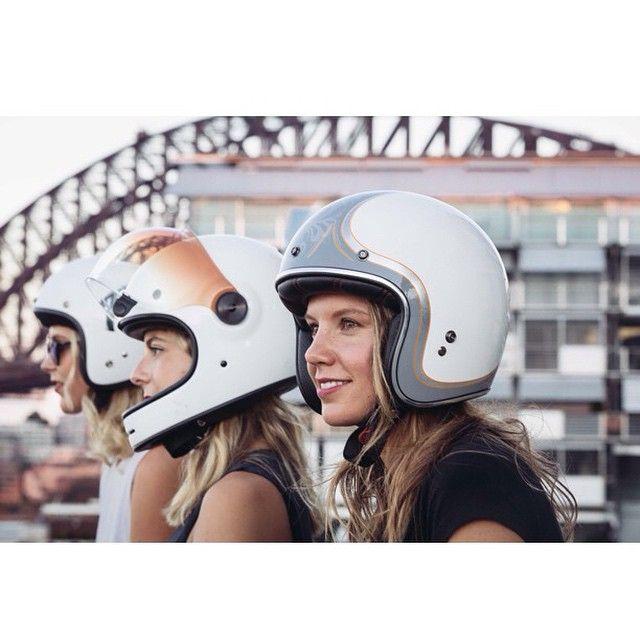 The throttledolls - Helmet heads: