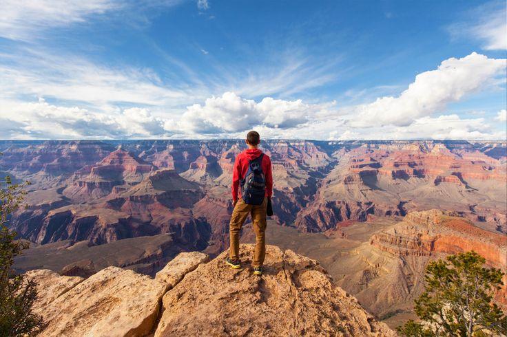 Alleen reizen, zalig! Je bent niet afhankelijk van anderen en kunt je eigen gang gaan. Dit zijn 9 bestemmingen wanneer je alleen op vakantie wil gaan.