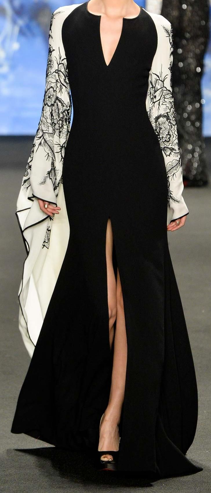 Naeem Khan Fall 2015 RTW stunning black and ivory dress with kimono style sleeve.
