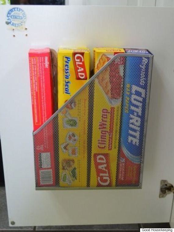 DIY kitchen hack: store foil, plastic wrap and parchment paper in a handy magazine rack