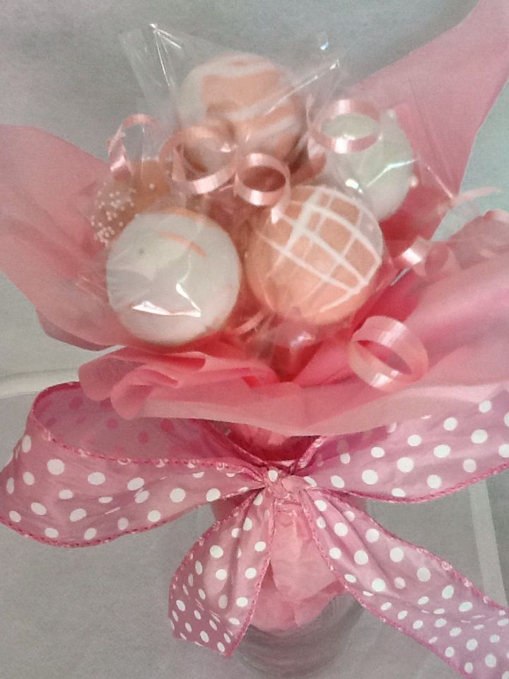 Cake pops bouquet , cake pops of victoria