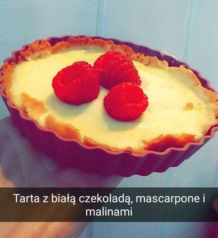 Prosty przepis na małe tarty z białą czekoladą, mascarpone i malinami  | Aniamaluje